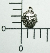 (Package of 12) Small Lion Head Charm (Matte Silver Ox)