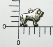 (Package of 12) Small Lion Charm (Matte Silver Ox)